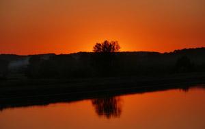 Sonnenuntergang beim AKW